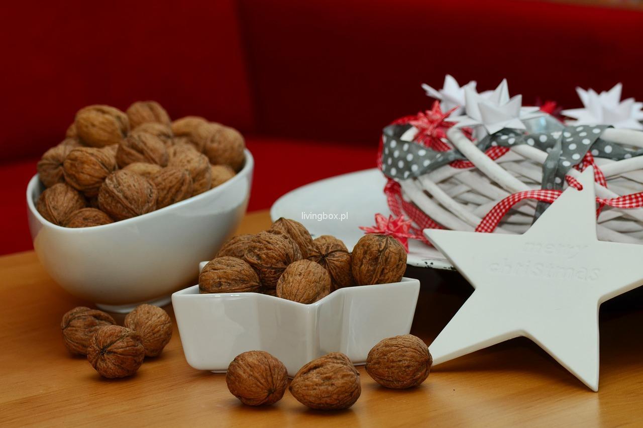 walnuts-1058511_1280